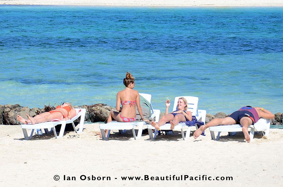 Backpackers At Long Beach Resort